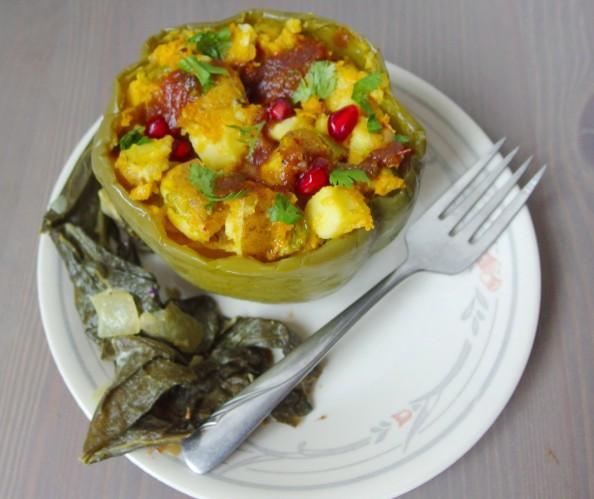 Samosa Stuffed Peppers - Yup, it's Vegan